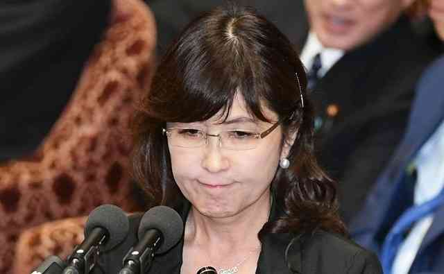 稲田朋美の化けの皮が剥がれてきた