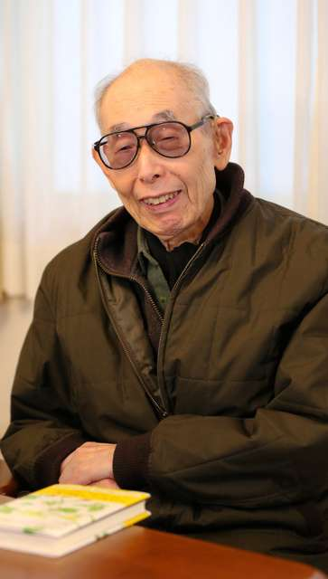 児童文学作家の佐藤さとるさん死去「コロボックル物語」