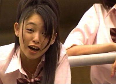"""岩佐真悠子 """"三十路""""ショットに感慨「まだ10代の女の子だったのに」"""