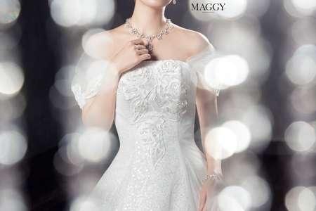 マギーがモデル!花嫁さんにおすすめの《MAGGY》ウェディングドレスコレクション♪ | Marry Jocee