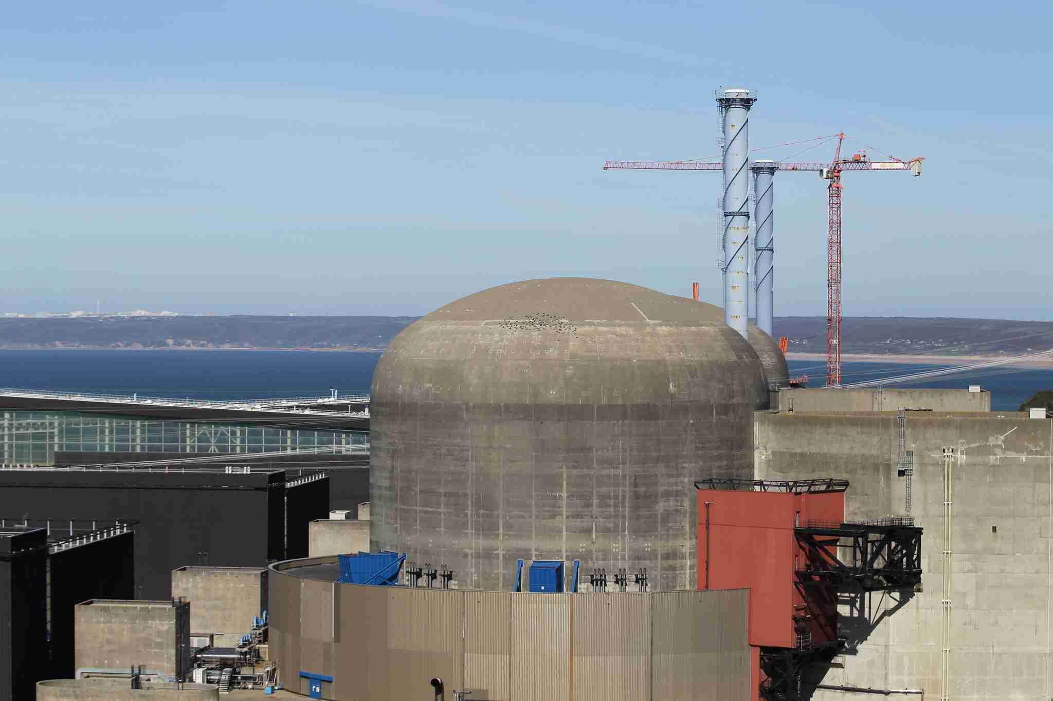 仏北部の原子力発電所で爆発、放射能汚染のリスクはなし (AFP=時事) - Yahoo!ニュース