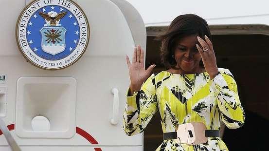 来日したオバマ夫人、天皇陛下の前で見苦しい挨拶を生み出すwwwwww : ユルクヤル、外国人から見た世界