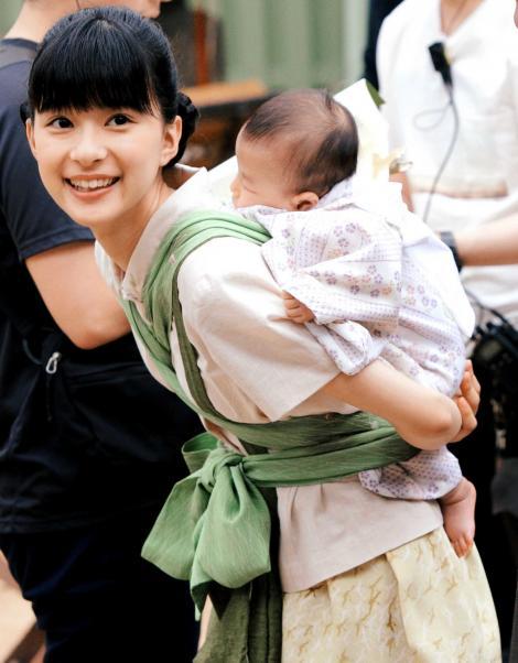 視聴率好調でも「べっぴんさん」の芳根京子が話題にならない理由