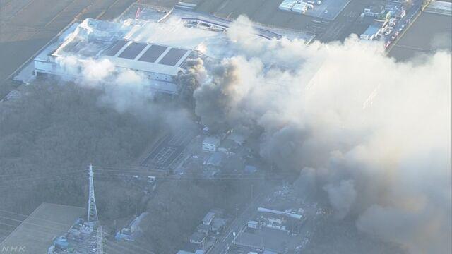 アスクル物流倉庫火災 周辺3世帯に避難勧告 | NHKニュース