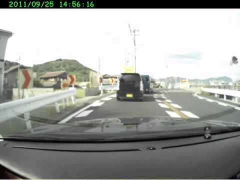 軽四 尻ピタ~ボコられ~逃走 - YouTube