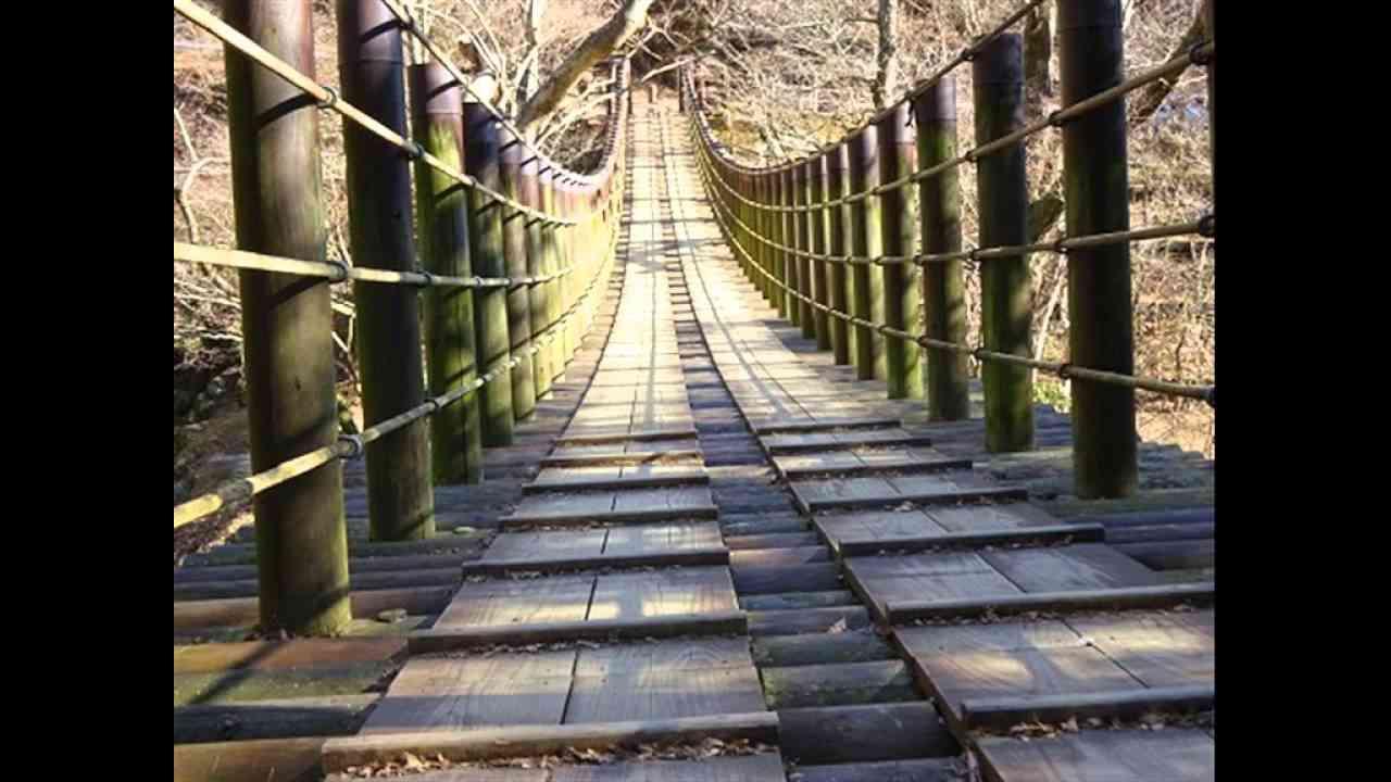 この橋の上で 薩摩忠作曲・チェコスロバキア民謡(歌詞詳細は下部に記載) - YouTube