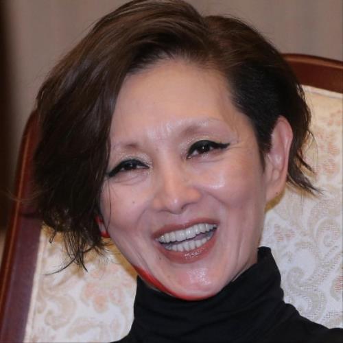 夏木マリ、外国人顔のルーツはフランスに…!? (スポーツ報知) - Yahoo!ニュース