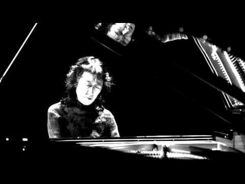 Mozart - Piano Concerto No. 23 in A major, K. 488 (Mitsuko Uchida) - YouTube