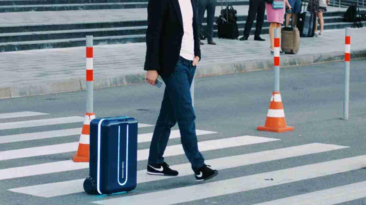 世界初。自動で動くスーツケース「Travelmate」が話題に。 | TABI LABO