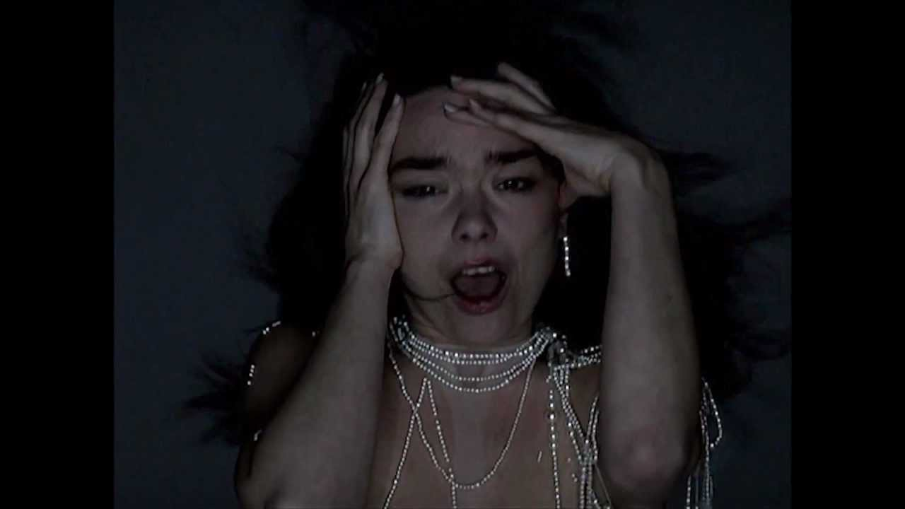 Björk - Pagan Poetry (Official Music Video) - YouTube