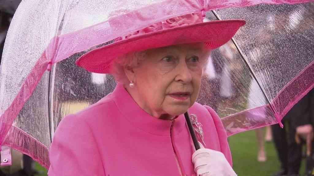 エリザベス英女王、中国使節は「とても失礼」と 録音されていた会話で - BBCニュース