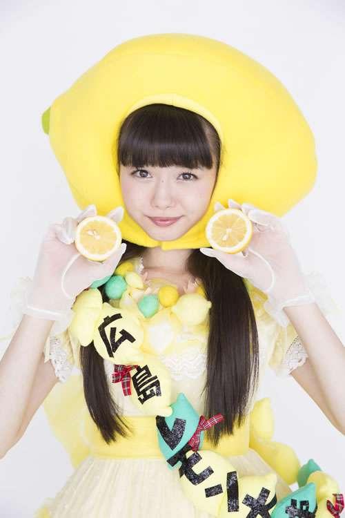 NMB48市川美織が大胆ショット 誕生日迎えて「23歳も色んな私を魅せたい」