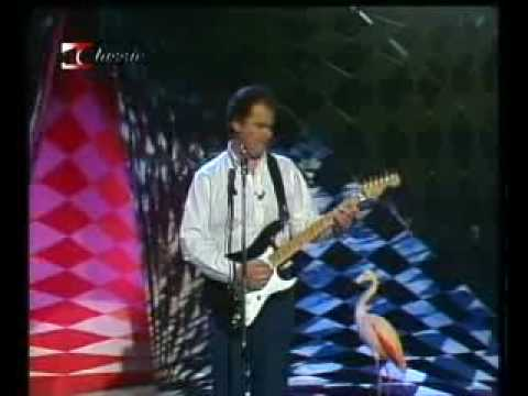 Christopher Cross - All Right (1983) - YouTube