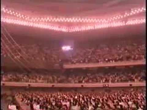 小沢健二-ドアをノックするのは誰だ?(LIVE AT BUDOKAN) - YouTube