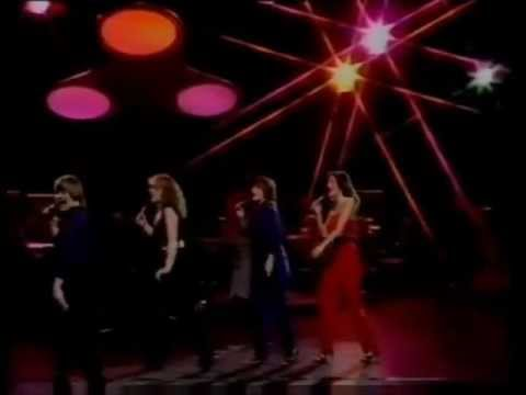 The Nolans I'm In The Mood For Dancing ノーランズ ダンシング・シスタ-.wmv - YouTube