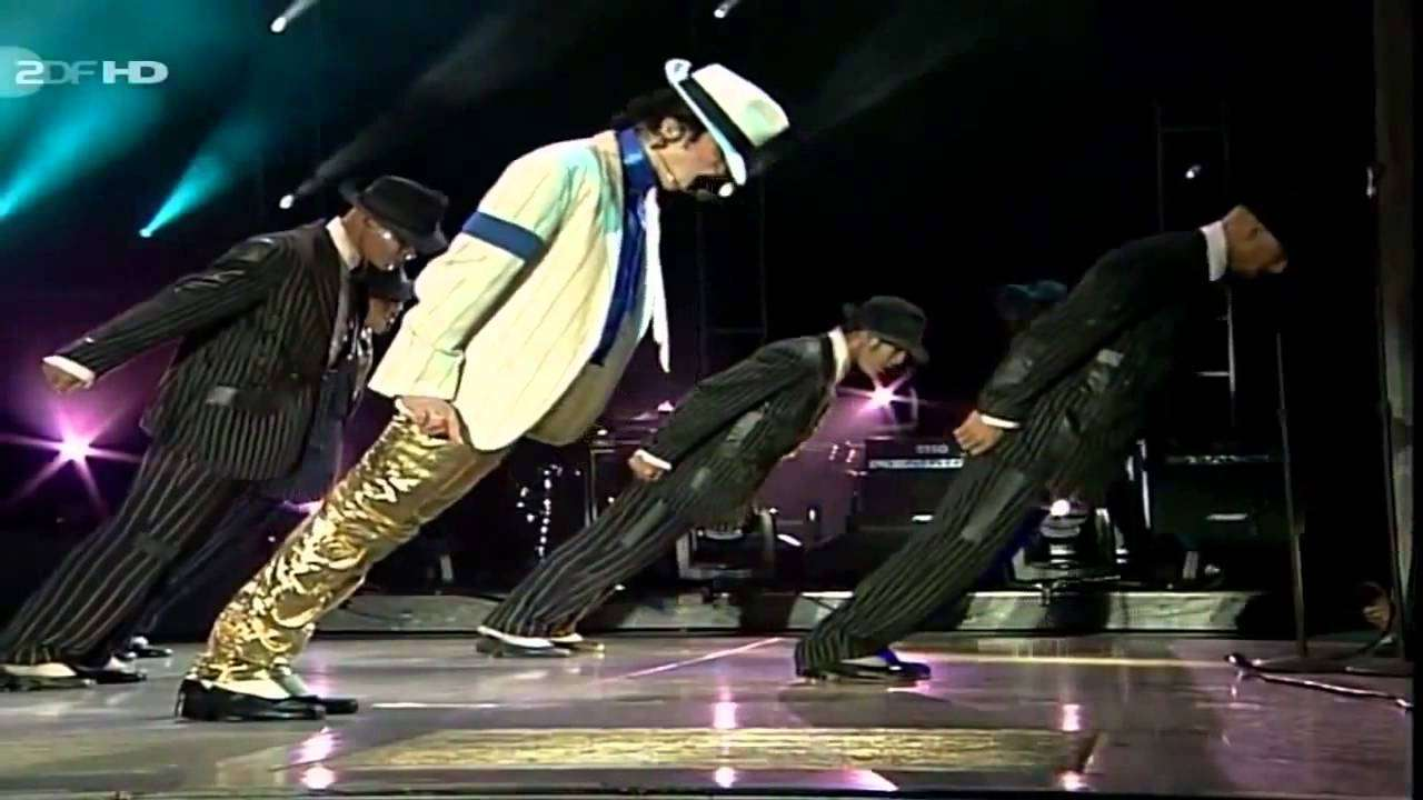 Michael Jackson - Smooth Criminal - Live in Munich 1997 - YouTube