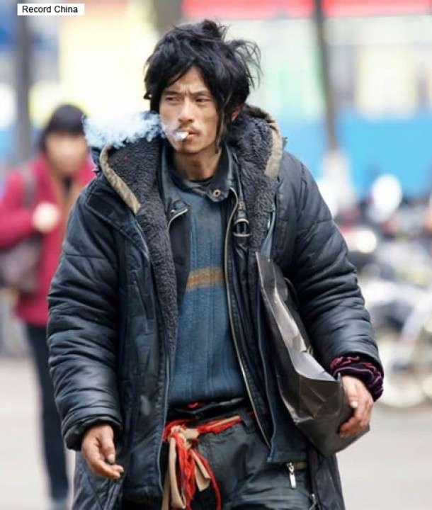 あの「イケメンすぎるホームレス」が行方不明に、偶然の写真... - Record China