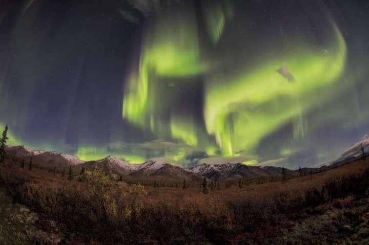 中国人観光客がフィンランドのガイドを暴行、「オーロラツア... - Record China