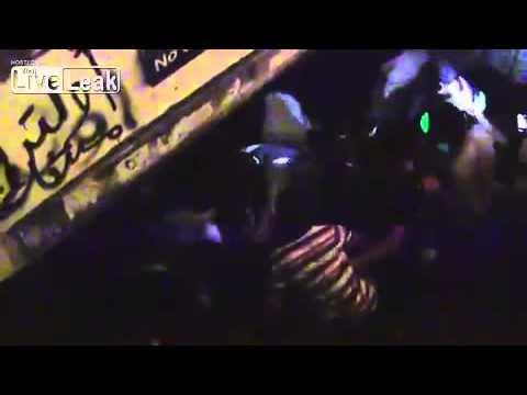【移民難民】ドイツ・ケルンでの集団暴行事件の決定的瞬間! - YouTube