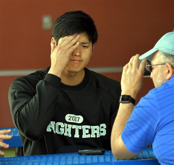 大谷翔平投手の「キックボクシング」動画が炎上 右足首故障なのに「おかしくない?」 動画を投稿したダルビッシュ投手は火消しに追われ - 産経ニュース