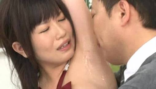 女性がパートナーに見られて恥ずかしい体の部位は?