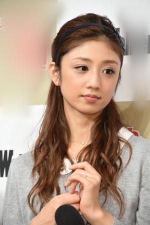 小倉優子と菊地勲氏の離婚危機をフライデーが報道 不倫報道後も女遊びやめず?|ニフティニュース