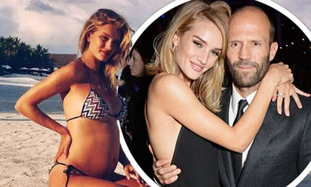 Rosie Huntington-Whiteley reveals she's pregnant | Daily Mail Online