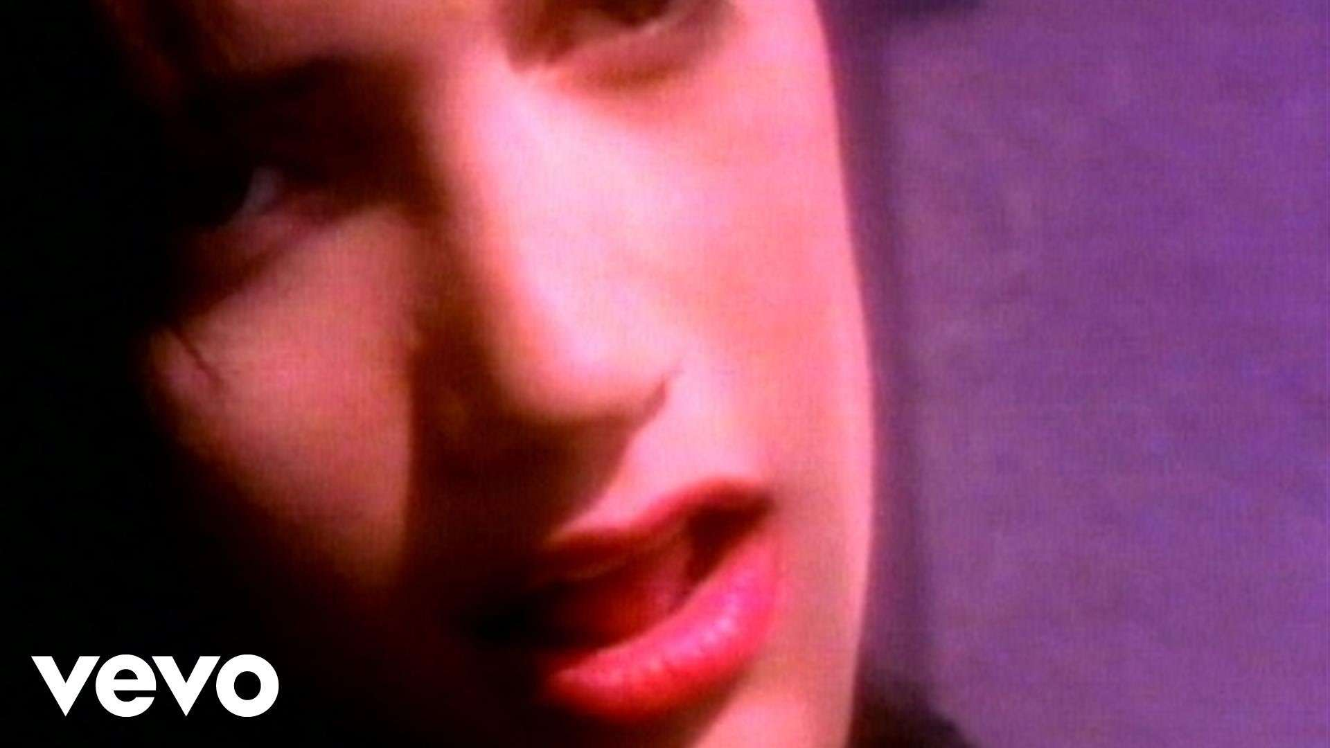 Martika - Toy Soldiers - YouTube