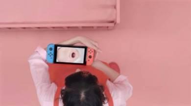 Nintendo Switch「赤ちゃん」に驚愕 「ゲーム本体を抱っこする、前代未聞の寝かしつけゲーム」
