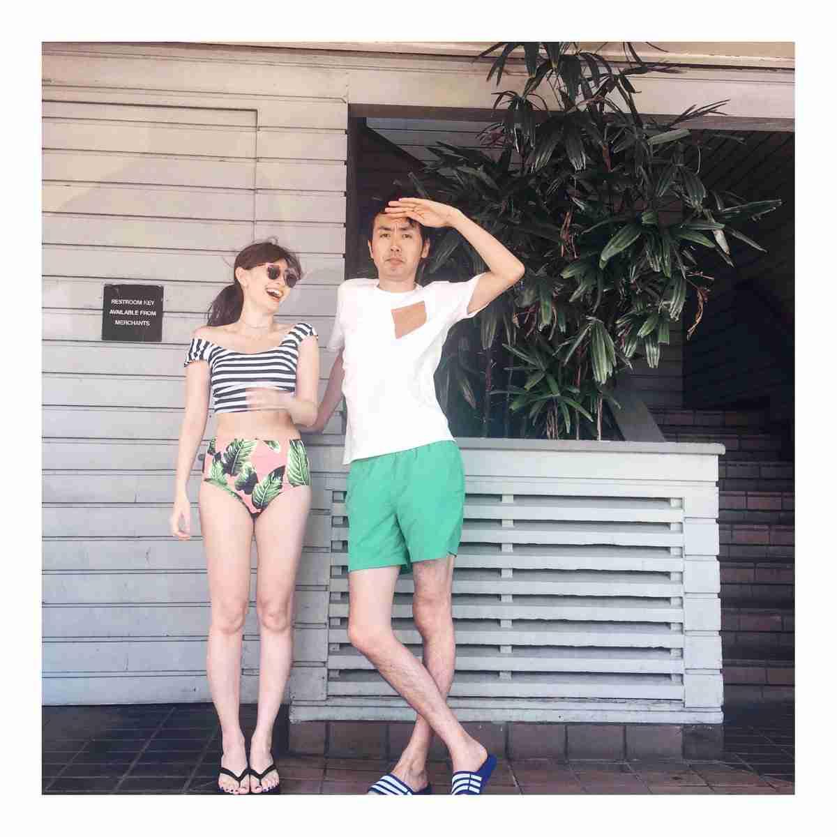 AKB48の小嶋陽菜、ピンクの世界で輝く美脚披露 女性写真家3名とフォトセッション