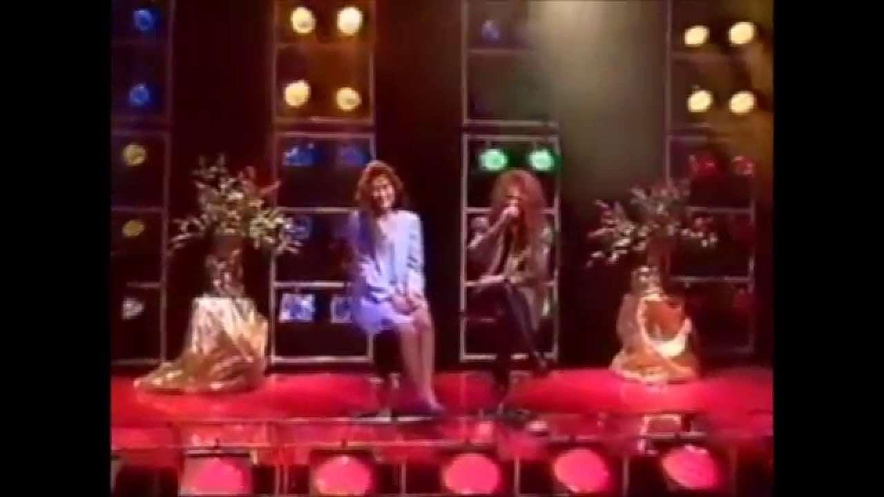 【珍しい対談1】YOSHIKI(X JAPAN)と工藤静香 - YouTube