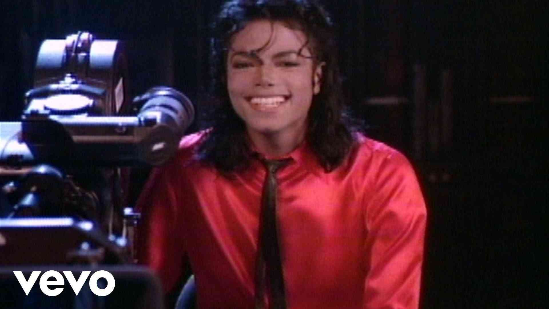 Michael Jackson - Liberian Girl (Shortened Version) - YouTube