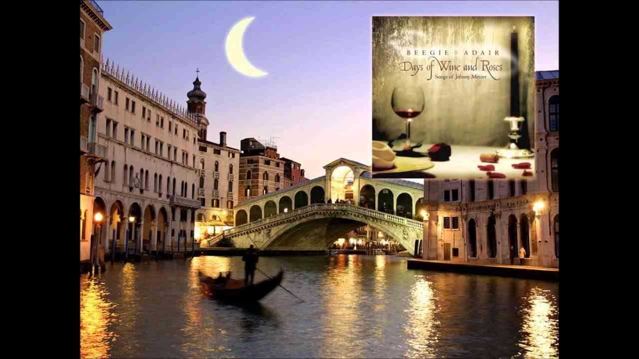 Jazz Piano / Beegie Adair - Moon River ( Henry Mancini - Johnny Mercer ) - YouTube