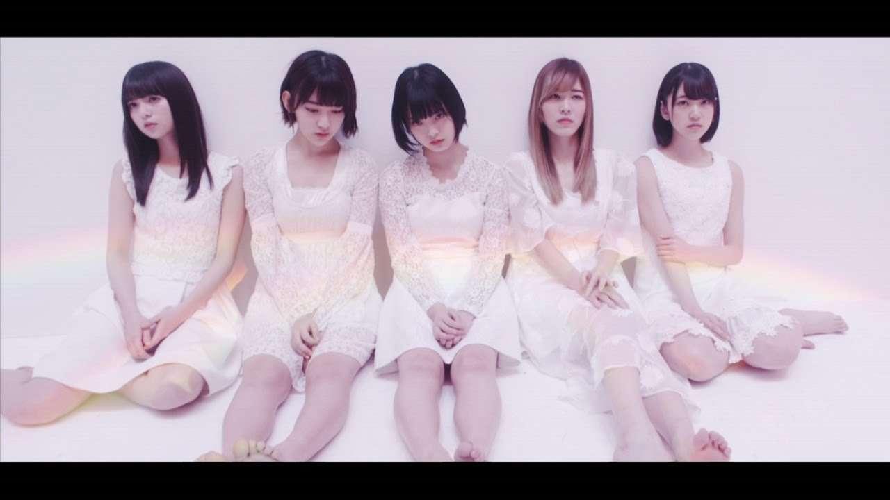 【MV】誰のことを一番 愛してる? Short ver.〈坂道AKB〉 / AKB48[公式] - YouTube