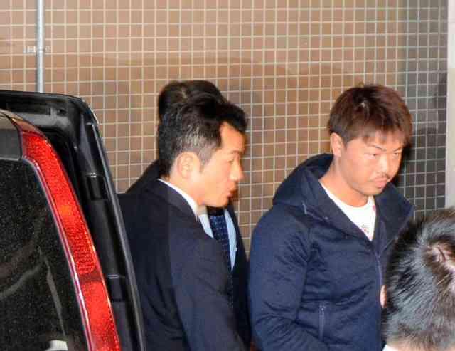 ボディービル入賞経験者、小学生の双子を暴行した疑い:朝日新聞デジタル