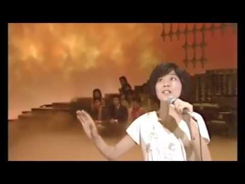 桜田淳子 サンタモニカの風 - YouTube