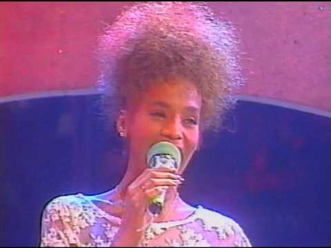 Whitney Houston - All at once - Peters Popshow - 1985 - YouTube