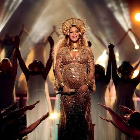 (画像1/2) 双子妊娠のビヨンセ、グラミー賞でパフォーマンス ふっくらお腹で神々しさ放つ