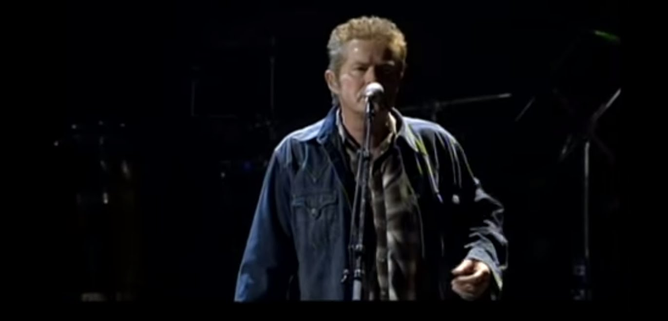 Eagles - Desperado (Live) - YouTube