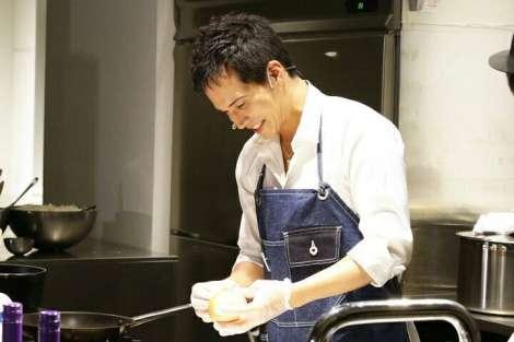 市原隼人、初のファンイベント開催 手料理を振る舞い、参加者全員と2ショット