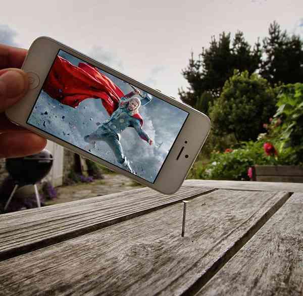 【やってみたい】日常風景にキャラクターが見事に溶け込んでる写真たち!ユニークな発想が話題に!