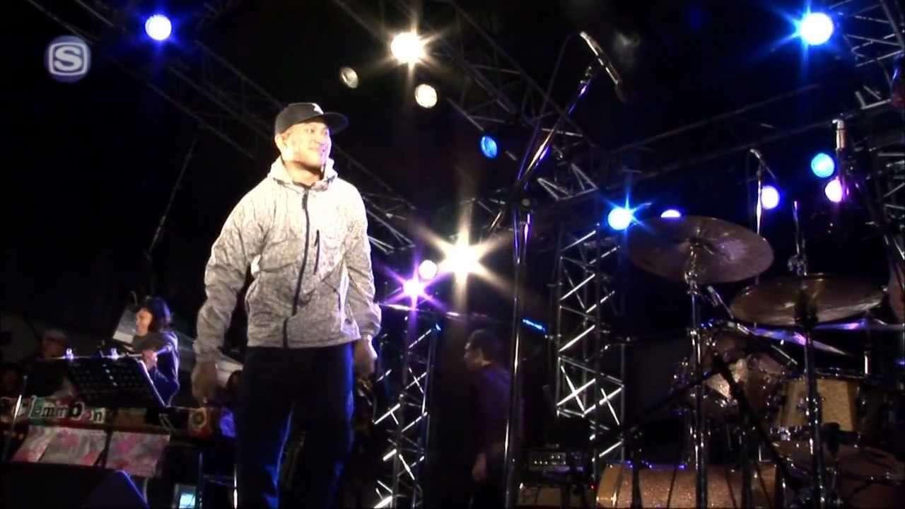 クラムボン featuring ILL-BOSSTINO  - あかり from HERE @ KAIKOO POPWAVE FESTIVAL'10 - YouTube