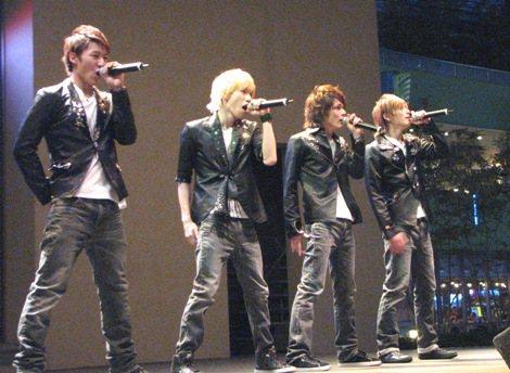 Leadが新曲発売イベント。「歌っていて涙がこみ上げました!」   ORICON NEWS