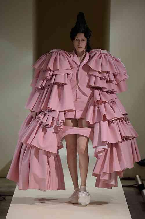 最先端すぎて理解不能なファッション
