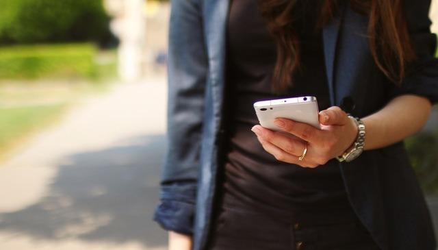 大学生がLINEで使われると「古くない?」と思う顔文字ランキング! | ニコニコニュース
