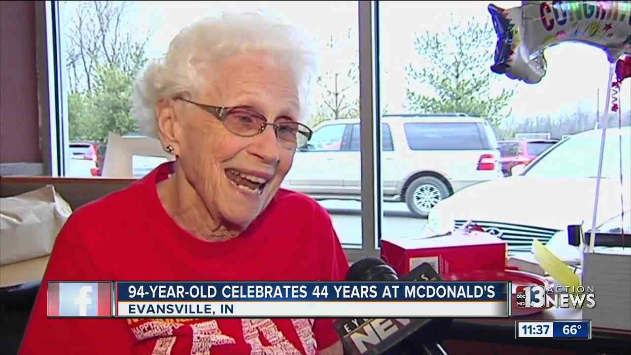 94-year-old woman works at McDonald's - YouTube