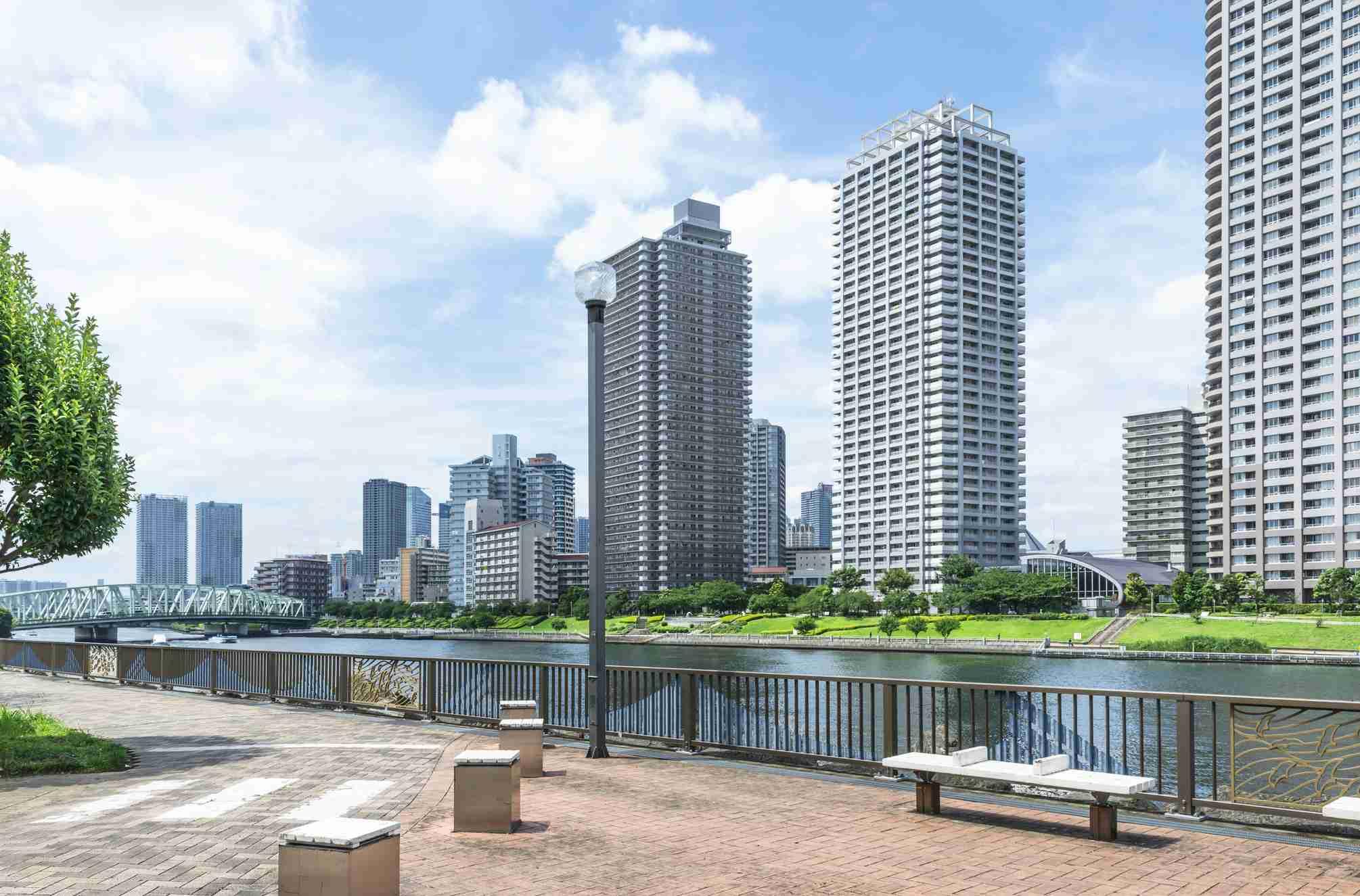 「東京を知らない地方の人」が買うのがタワーマンションなのだ | 文春オンライン