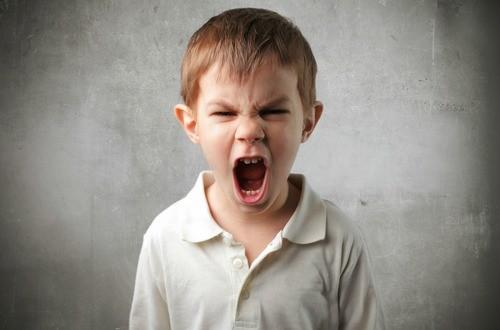【ADHDの症状と薬に頼らない自然療法による治療】その1|注意欠如・多動性|発達障害