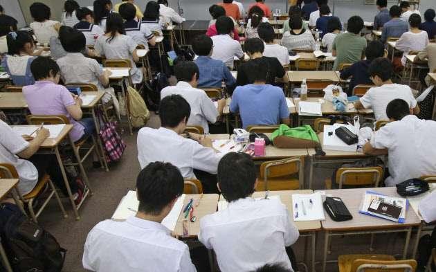 日本の高校生、目立つ「受け身」姿勢 米中韓と比べ  :日本経済新聞