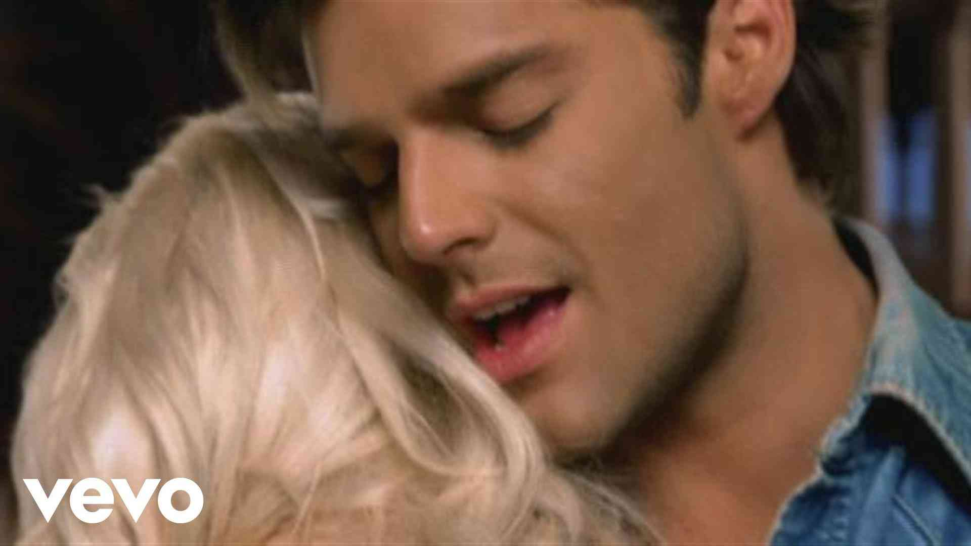 Ricky Martin - Nobody Wants to Be Lonely - YouTube